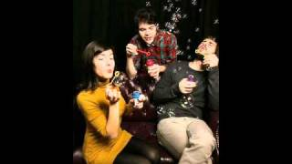 "Elizabeth & the Catapult ""Complimentary Me"""