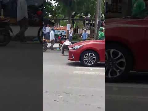 Grabbike và Xe Ôm truyền thống hỗn chiến ở Huế