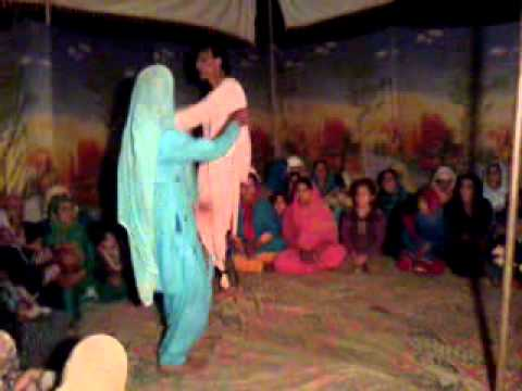 MUSHTAQ BACH from DUROO SOPORE DANCES IN MARRIAGE BOTINGOO