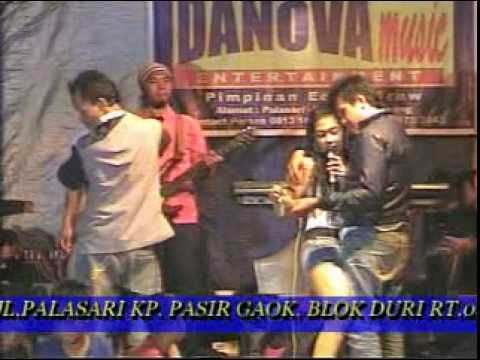 Dangdut hot susan & dita - bang roni