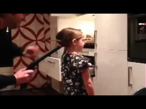 как причесать дочь за 5 секунд