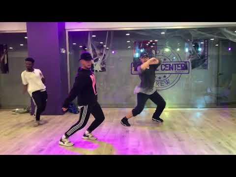 @officialozuna @ozuna_pr   Siguelo Bailando   Choreography by Andi Vega