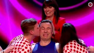 David Walliams's Guinness World Record kissing attempt