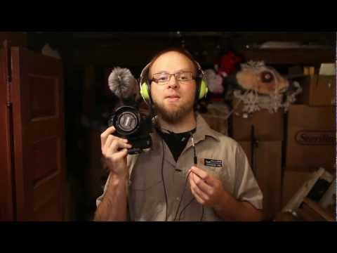 Adding headphone monitoring to your Canon DSLR with the Sescom Monitoring cable - DSLR FILM NOOB