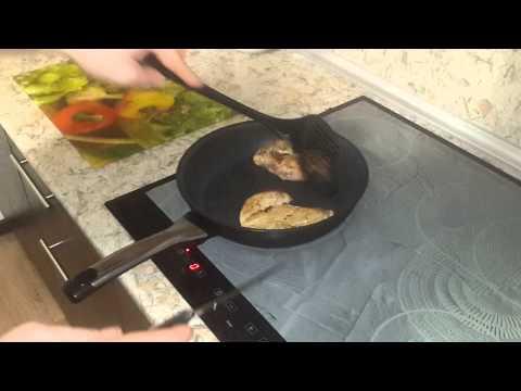 Стейк из курицы на сковородке в домашних условиях