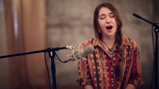 Download Lagu In Christ Alone (acoustic) - Lauren Daigle Gratis STAFABAND