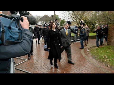 Nigella Lawson is giving evidence at the trial of her two former personal assistants accused of going on spending sprees at her expense. Sky's Ian Woods is a...