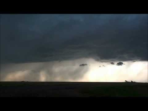 Storm near Elkhart, Kansas, 26 April 2012. Time lapse