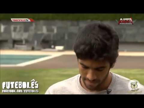 Jornalista da Benfica TV faz pergunta infeliz a silvio