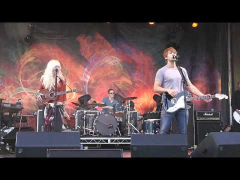 LIVE!!! Walk Off The Earth [MAGIC & CORNER OF QUEEN] @ Surrey Fusion Festival 2012