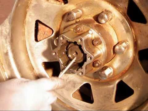 How to Remove & Replace a Toyota 4x4 Manual Locking Hub