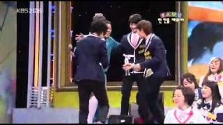Onew, Minho, and Taemin dance to Amigo. Taemin in PJ's