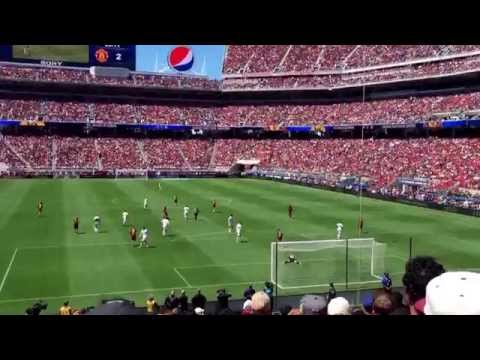 Manchester United versus Barcelona at Levi's stadium