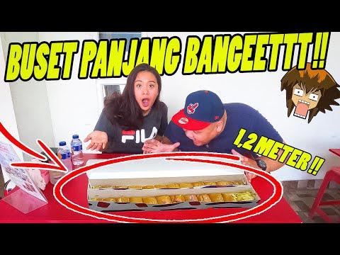 ROTI TERPANJANG DI JAKARTA !! 1/2 METER !! GOKIL !!