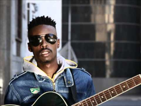 Bongeziwe Mabandla Feat Zuluboy- Phupha Lam(audio) video