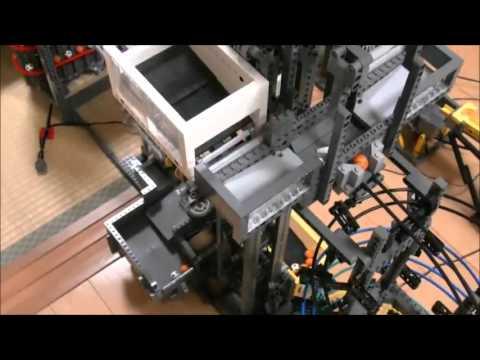 Самый большой в мире механизм, сделанный из конструктора Lego