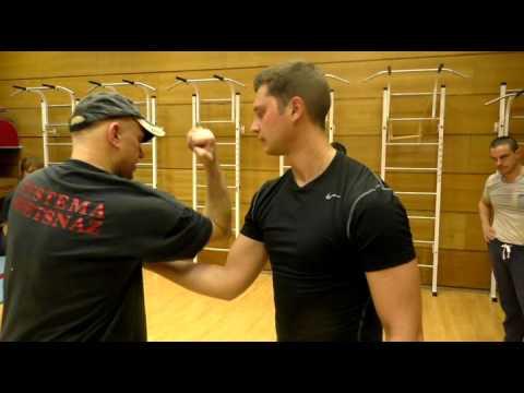 Техника кикбоксинга: защита от ударов руками