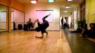 download lagu Contemporary Dance Routine On Kyu Mai Jagoon gratis