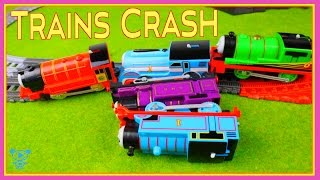 Trains for children Thomas and Friends Thomas toys trains crashing at the castle - Trains Crash