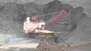 Bucyrus International 295B2 and Dresser|Haulpak 830E