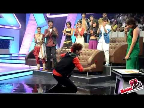 Croc Roaz Proposed Bipasha On The Sets Of Did 3 video