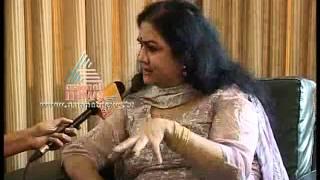 Urvashi blasts out against Manoj K Jayan, warns of legal action for tarnishing image