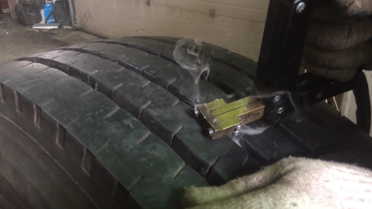 Как нарезать протектор на грузовой шине своими руками 27