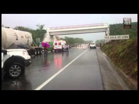 Accidentes automovilísticos dejan 8 muertos y 11 lesionados