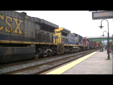 CSX Q398 With HLCX Red Bird SD40-2! LOUD HORN!