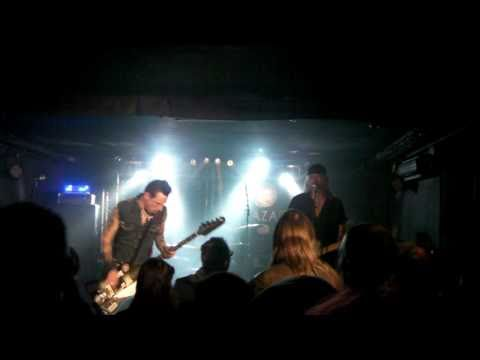 The Vibrators - I Need A Slave + Whips And Furs (Paris 10.02.2011) [HD]