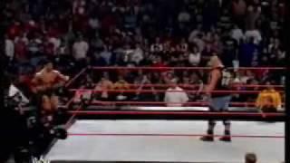 WWE - STONE COLD VS BATISTA EL REGRESO DE GOLDBERG