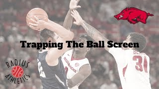 Arkansas Razorbacks - Trapping The Ball Screen