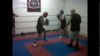 Javier Martinez K.O con low kick