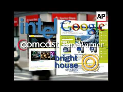 Clearwire and Sprint Nextel will combine their wireless broadband units to create a $14.55 billion c