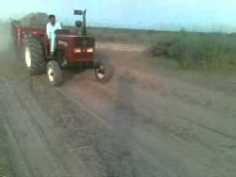 Tractor Stunt Gujrat Pakistan video