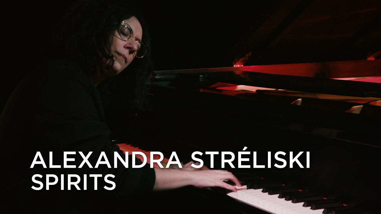 "Alexandra Streliski - 「Junos 365 Sessions」からThe Strumbellasカバー""Spirits""のライブセッション映像を公開 thm Music info Clip"