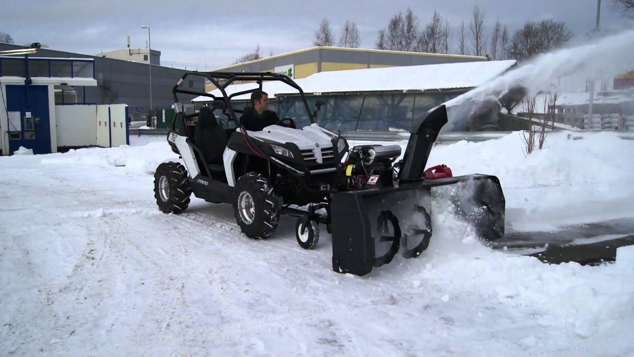 Bercomac Snøfreser (Snowblower) med Honda 24 HK V-twin - YouTube