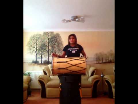 Missy J - The FEMALE Dholi playing dhol to TASHA TAH ft JUNAI...