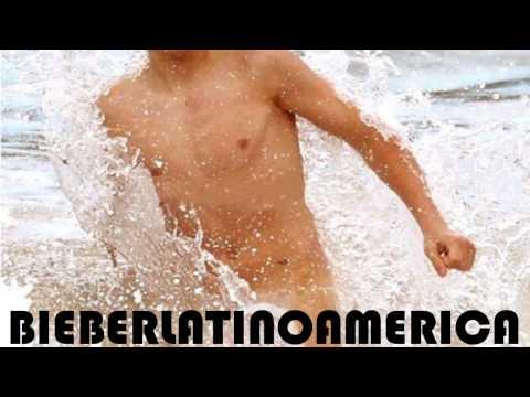 Justin Bieber - Casi Desnudo