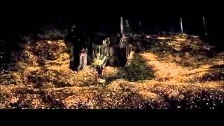 Hobbit : Bilbo/Smaug -Smaug wakes up Part 1/2