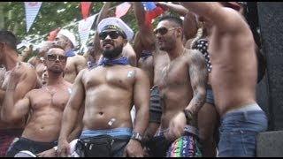 Manifestación del Orgullo Gay Madrid 2014  - Gay Pride 2014 - Video resumen