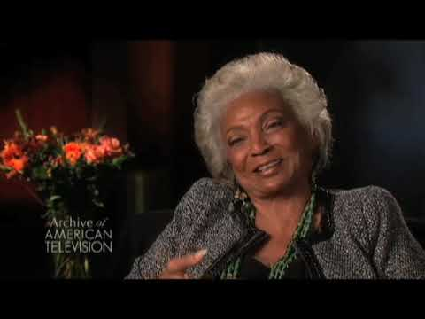 Nichelle Nichols on filming the first interracial kiss on television - EMMYTVLEGENDS.ORG