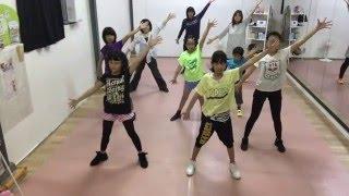 姿育体操『シ・セ・イ NEXT!』2番の歌詞で小学生が姿勢矯正!