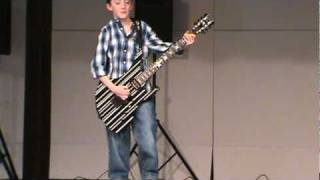 10 Year old plays A7X at grade school talent show