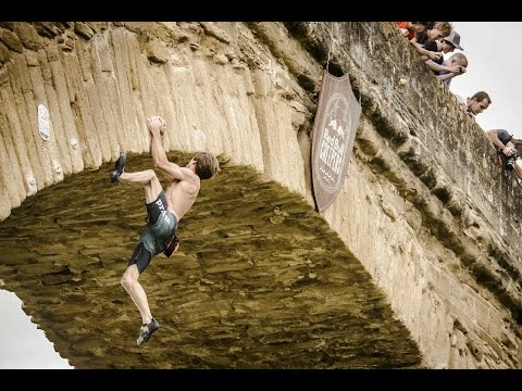 Deep-water soloing on historic bridge  - Red Bull Creepers 2014