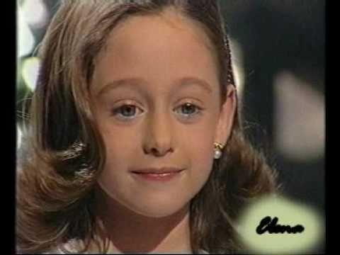Elena Rivera canta por Paloma San Basilio