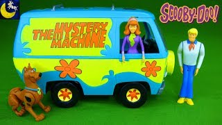 Scooby Doo The Mystery Machine Revell Build and Play Snap Tite Model Kit Scooby Daphne & Fred Toys!