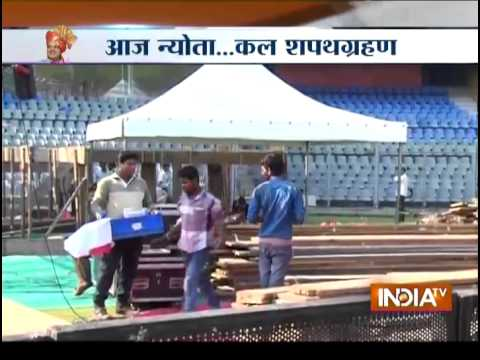 Devendra Fadnavis Meets Nitin Gadkari; Seeks His Blessing - India TV