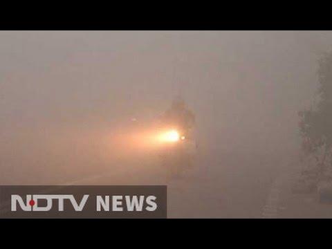 Thick fog blankets Delhi, delays flights