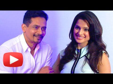 Happy Journey - Conversation With Priya Bapat & Atul Kulkarni - Marathi Movie video